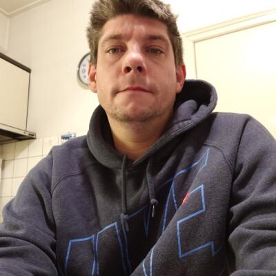 Brian zoekt een Appartement / Huurwoning / Kamer / Studio / Woonboot in Utrecht