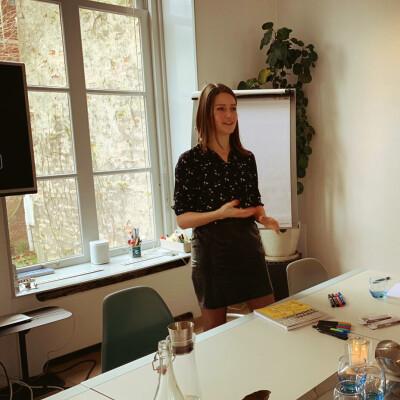 Andrea zoekt een Huurwoning / Studio / Appartement in Utrecht