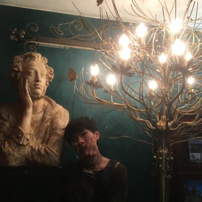 Jiaqi zoekt een Huurwoning / Kamer / Studio / Appartement / Woonboot in Utrecht